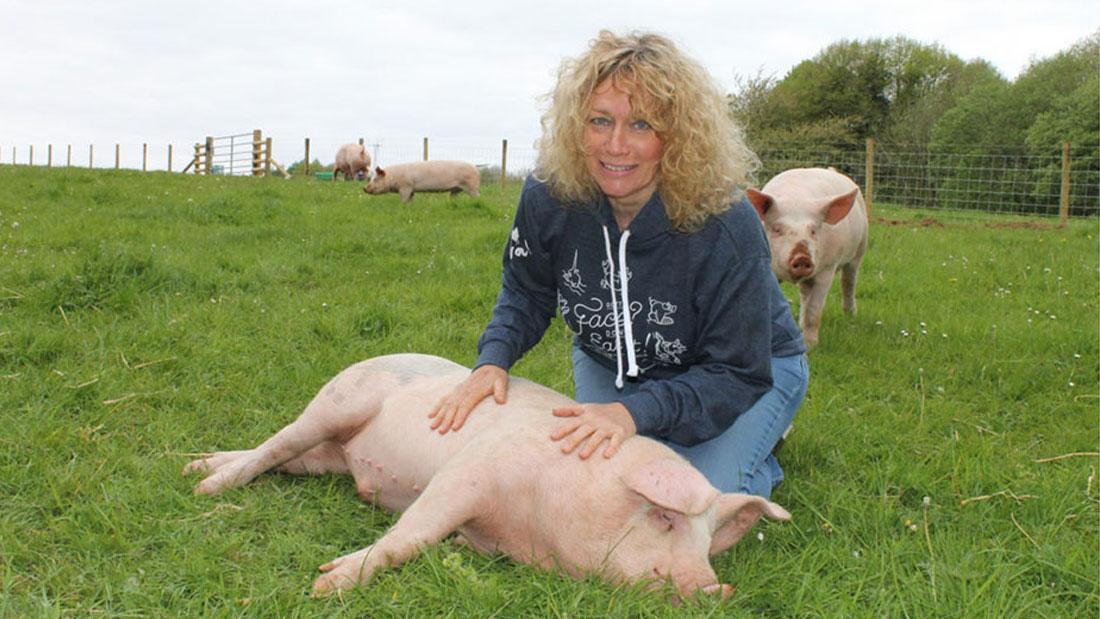 Juliet with pig