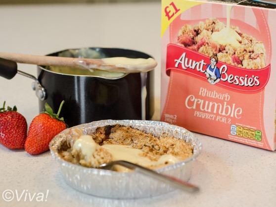 aunt bessie's rhubarb crumble vegan