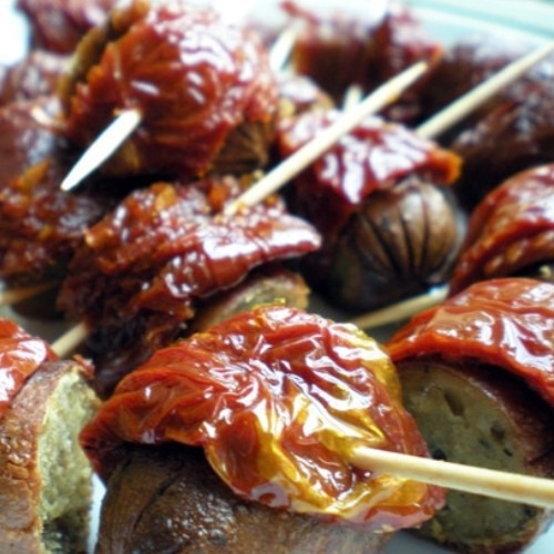 pigs in sundried tomato blankets