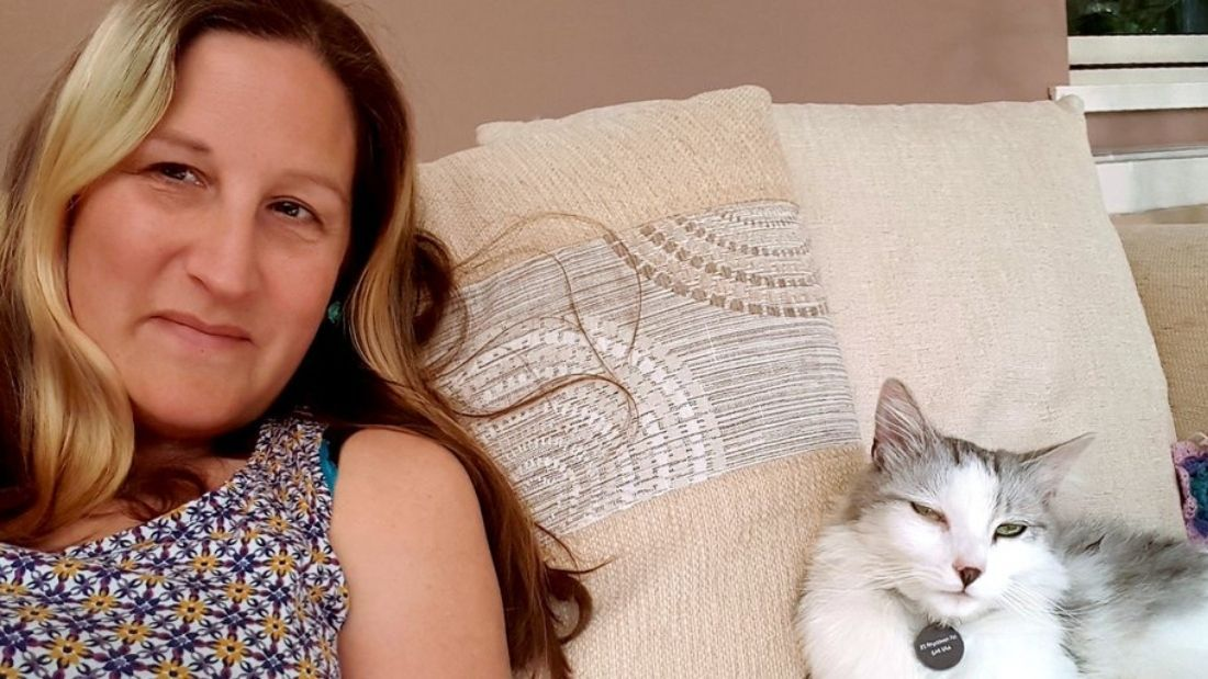 Helen with her cat